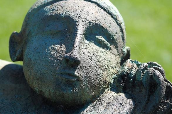 Le dormeur à la fleur   Robert Lorrain - peintre et sculpteur